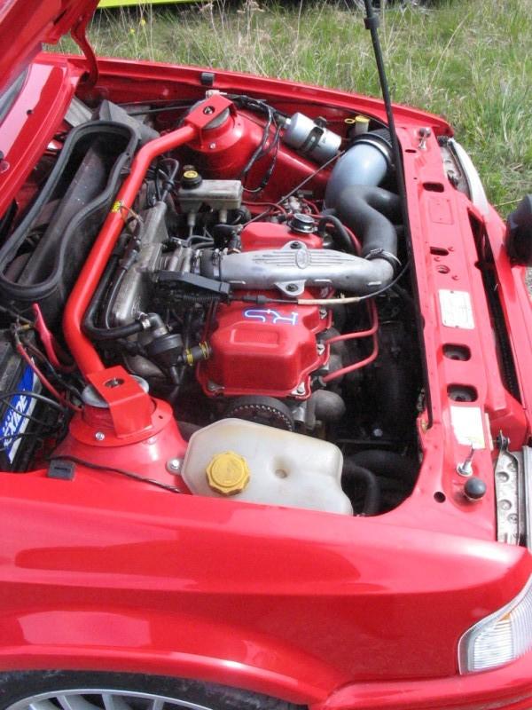 Esiitis RS2000